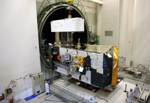 ALPHASAT I-XL being tested at Airbus DS Toulouse. (Copyright : Astrium / A. Barbe / 2012)